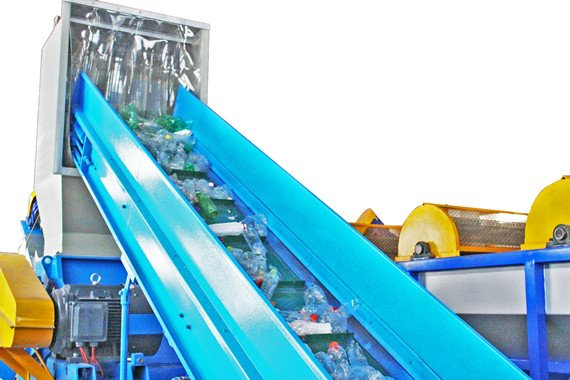 PET bottle recycling production line