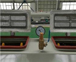 pressure meter of vacuum tank