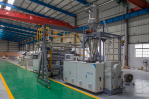 SPC floor extruding machine
