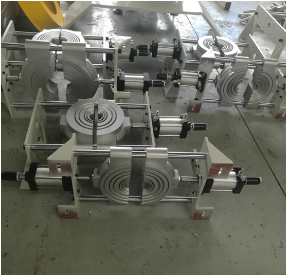 Huff block for compact HDPE pipe