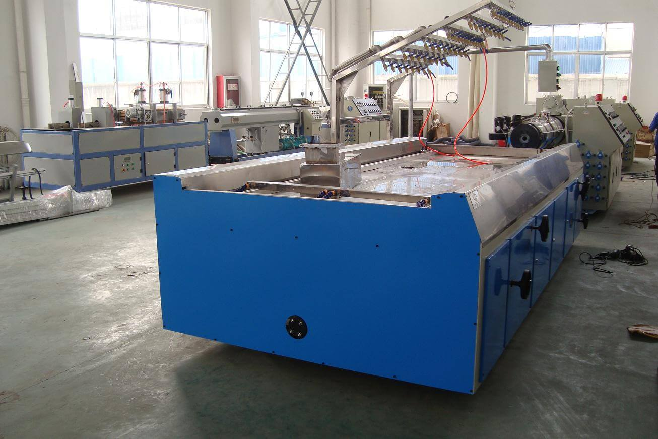 vacuum table for WPC door board