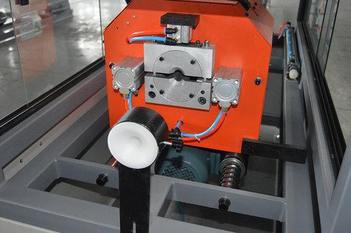 Dust free cutter device