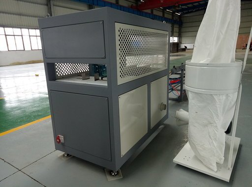 Cutting machine for PVC window profiles with dust collector device